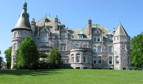 Rosemount College
